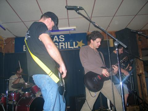 Racer takes the stage at T-BAG 2-27-04